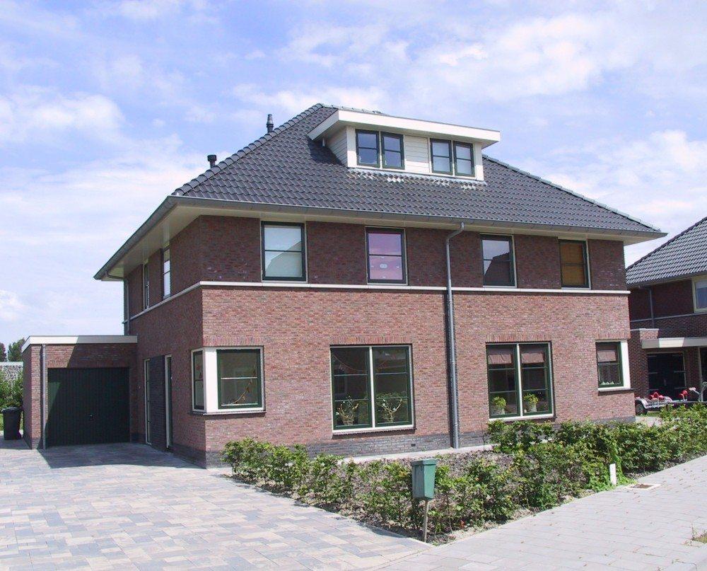 2 onder 1 kap woningen desaunois for Catalogus woning bouwen